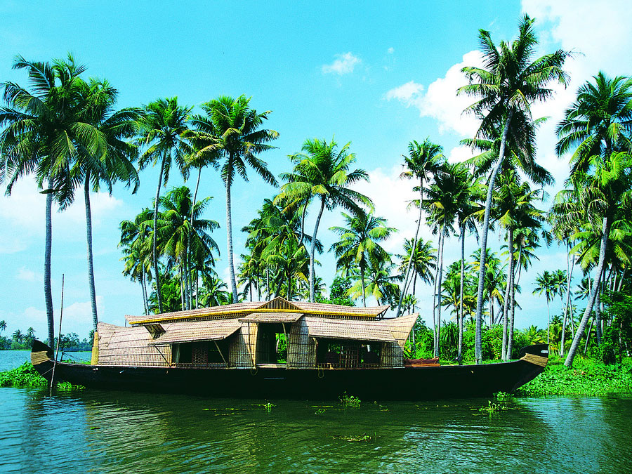Golden-Triangle-Tour-Kerala